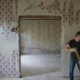 Wohn- und Essbereich während der Sanierung